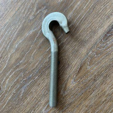 Hook bolt dengan benang mesin